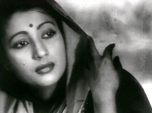 Suchitra_Sen_as_Paro_in_Bimpal_Roy's,_Devdas_(1955)