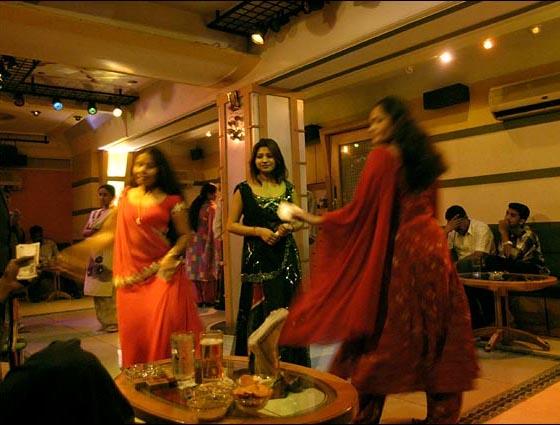 mumbai_dance_bar_