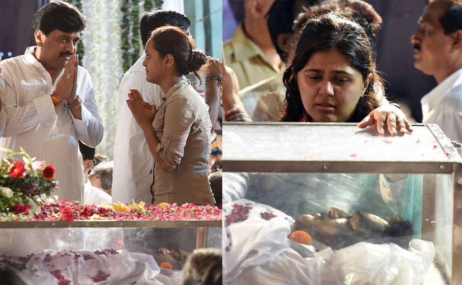 02_Funeral-procession-of-late-BJP-leader-Gopinath