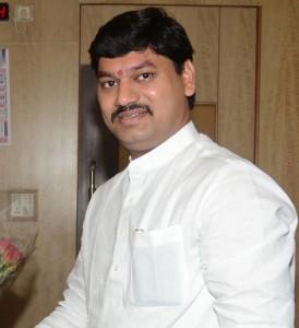 dhanjay_munde_dcc_bank