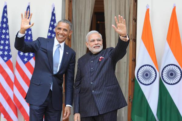 obama and modi Walking & Talking (14)