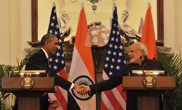 obama and modi Walking & Talking (19)