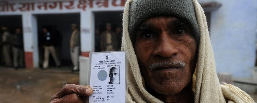 delhi voting_kejriwal_bedi_makan