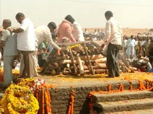 r r patil last rites 17 feb (20)