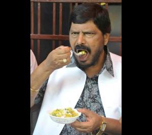 athavale on maharashtiryan food