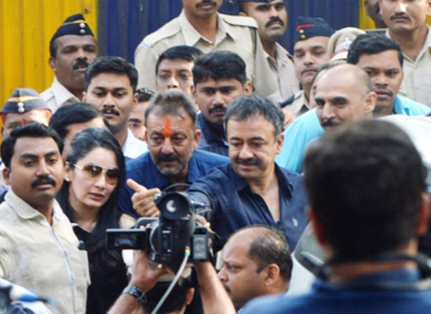 Bollywood Actor Sanjay Dutt and wife Manyata Dutt pay their respects at his mother's grave in Mumbai on 25 February 2016. Sanjay was released from Yerawada jail in Pune today after serving his sentence. Sanjay was found guilty of illegal possession of an AK-56 rifle and a pistol acquired from those involved in the 1993 serial blasts in Mumbai that killed 257 people and injured hundreds.  Ashish Vaishnav / Indus Images
