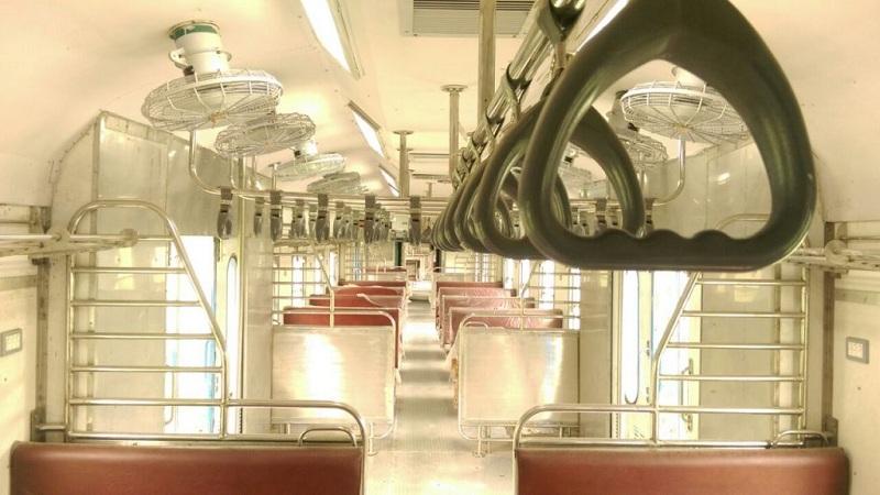 सुत्रांच्या माहितीनुसार या ट्रेनमुळे डिझेलचा खप 90,000पर्यंत कमी होईल.