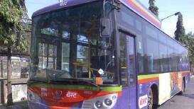 मुंबईत एसी बस कंडक्टरशिवाय धावणार
