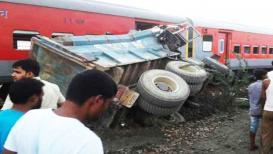 उत्तर प्रदेशात पुन्हा रेल्वे अपघात; 70हून अधिक जखमी