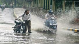 मराठवाडा आणि विदर्भावर रुसलेला पाऊस धो धो बरसला, पुणे-मुंबईतही मुसळधार