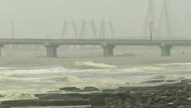 मुंबईत पाऊस आला मोठा!