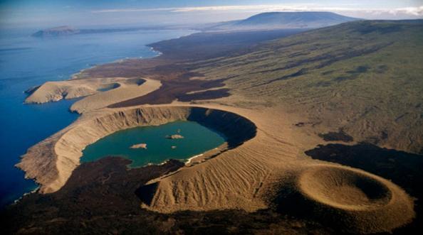 एकदा पाहावी अशी जगातील 5 सुंदर बेटं